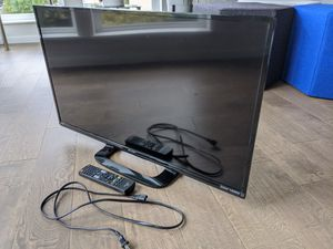 "32"" Sharp Aquos HD 1080p 60Hz LED TV for Sale in Seattle, WA"