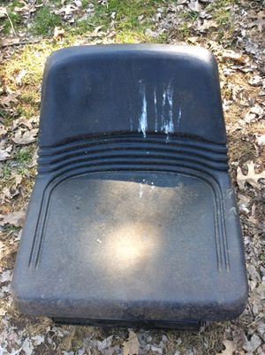 Riding lawn mower seat for Sale in Parma Heights, OH