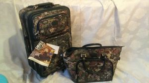Atlantic Carry-On with matching hand-held bag for Sale in Cleveland, OH