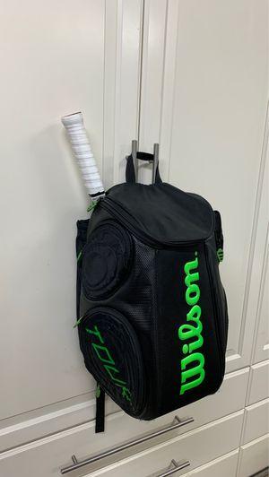 Wilson tennis backpack for Sale in Hawaiian Gardens, CA
