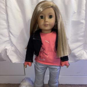 American Girl Doll Girl Of The Year 2014 Isabelle for Sale in Indianapolis, IN