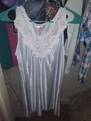 Womes night gown for Sale in San Antonio, TX