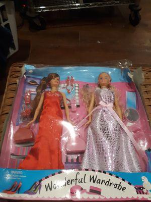 Wonderful Wardrobe Dolls for Sale in Chicago, IL