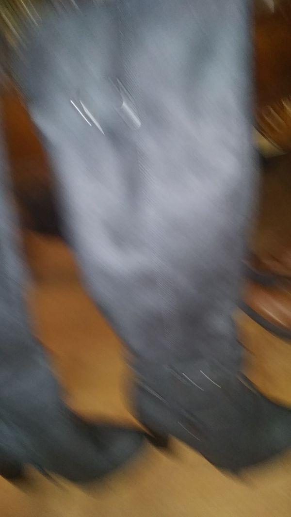 Knee high low heel