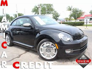 2013 Volkswagen Beetle Coupe for Sale in Miami Gardens, FL