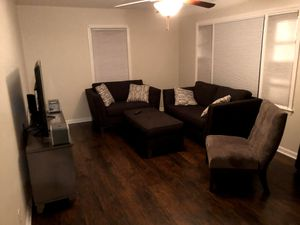 Living room, Cindy Crawford Collection, Rooms to go. Including everything in the pic! TV and TV stand for Sale in Grovetown, GA