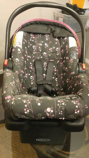 Like new car seat for Sale in Cincinnati, OH