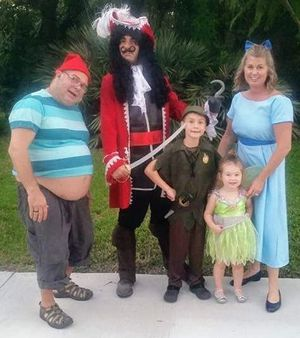 Disney Peter Pan Costume size 7/8 for Sale in Gulfport, FL