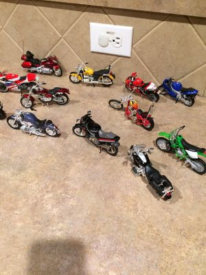 Replicas of Real Motorcycles with moving parts. for Sale in Cibolo, TX