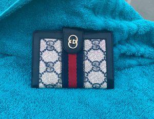 💐Authentic Vintage Gucci Bifold Wallet for Sale in Phoenix, AZ