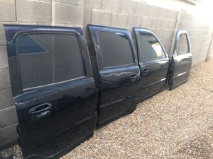 2000-2006 Chevy/GMC parts for Sale in Glendale, AZ