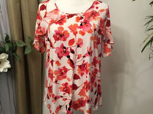 flowers red and black by Size extra large for Sale in Darrington, WA