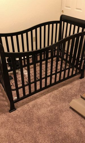 Baby Crib and Changing Table for Sale in Princeton, TX