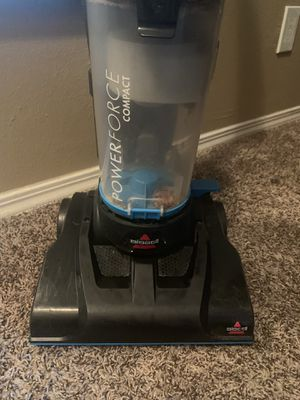 Small lightweight bissell Bag less vacuum for Sale in Colleyville, TX