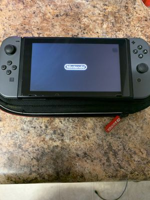 Nintendo switch with carrying case for Sale in Phoenix, AZ