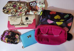 Mini purse/wallet. 2x7 for Sale in Monterey Park, CA