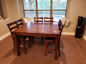 Kitchen table w/six chairs for Sale in Dallas, TX