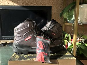 Supreme timberland world hiker countey boot Anthracite Size 8.5 for Sale in Plantation, FL