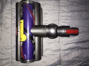 Dyson D10 Brush head Attachments $ Wall Mount Charger for Sale in Las Vegas, NV