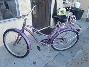 26' HUFFY GIRLS BIKE for Sale in Garden Grove, CA