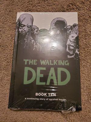 The Walking Dead Book 10 for Sale in Houston, TX