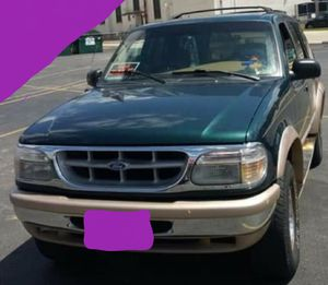 96 Ford explorer 4x4 eddie bauer series for Sale in Two Rivers, WI
