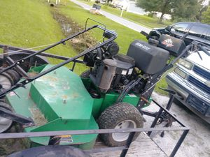 I have a 48 inch Bobcat walk behind commercial ready to go nothing wrong with it for Sale in Lakeland, FL