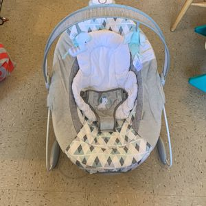 Ingenuity Automatic Bouncer for Sale in The Bronx, NY