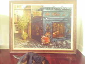 2 oil paintings same size same frames.. Paintings are of Paris.. A lovely matching pair for Sale in West Palm Beach, FL