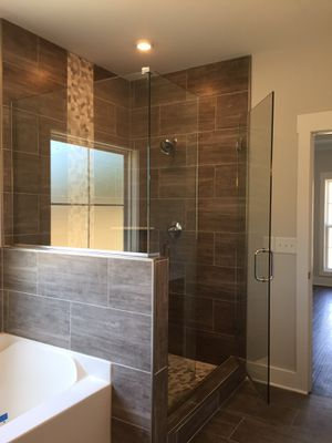 Showers doors for Sale in Nashville, TN