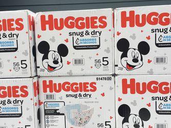 Huggies Size 5 Diapers for Sale in Mountlake Terrace,  WA