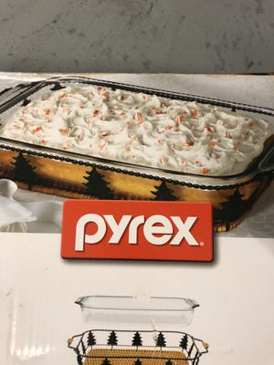 Pyrex large for Sale in Miami Gardens, FL