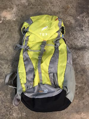 Topi Togo 32 Hiking Backpack NEW for Sale in Woodway, WA