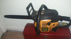 """16"""" Gas Chainsaw for Sale in Fort Pierce, FL"""