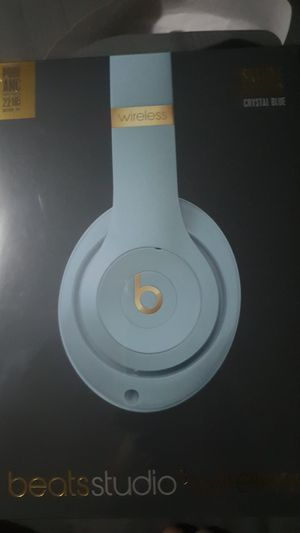 Beats studio wireless for Sale in Fountain Valley, CA