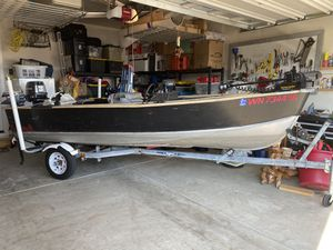 1999 25 HP Johnson powering a custom console drive Lund 14 foot fishing boat. Just in time for the summer salmon run in the Puget Sound. Downrigger for Sale in Olympia, WA