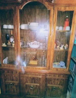 China hutch for Sale in Rushville, IN