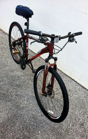 "Schwinn road hybrid bike 700c 19""inches frame for Sale in Tampa, FL"