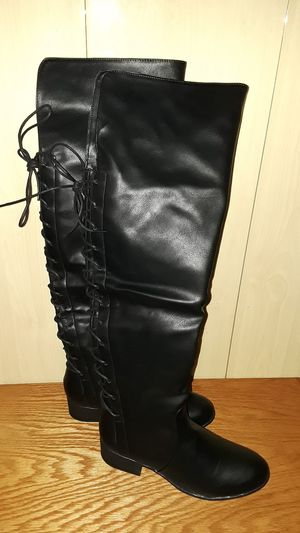 Thigh high boots New* for Sale in Puyallup, WA