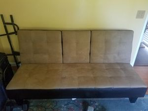 Brown Futon in perfect condition for Sale in Yuba City, CA