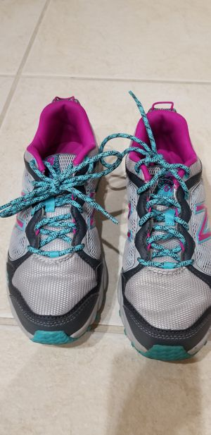 Women's new balance sneakers for Sale in Davenport, FL