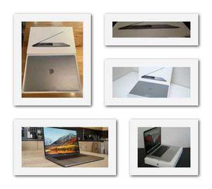 2018//MacBook///16GB//Grey for Sale in Peoria, AZ