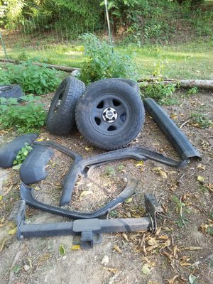 97 Jeep cherokee xj parts for Sale in Stanwood, WA