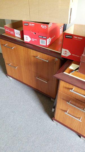 Beautiful office furniture for Sale in Carteret, NJ