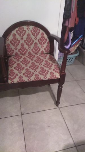 Antique chair n table combo for Sale in Fresno, CA