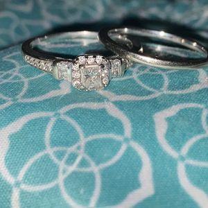 1/4c Princess Cut Wedding Ring Set Size 8 for Sale in Litchfield Park, AZ