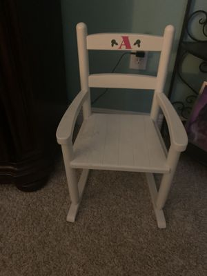 Kids rocking chair for Sale in Tampa, FL