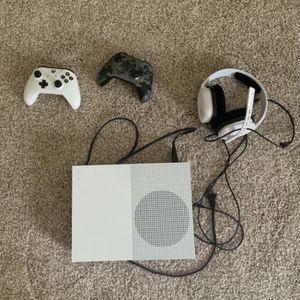 Xbox One S 500GB for Sale in North Tustin, CA