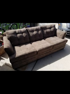 New couch for Sale in Fort Wayne, IN