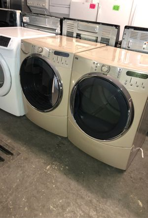 Washer and dryer set kenmore tan / beige for Sale in San Bernardino, CA